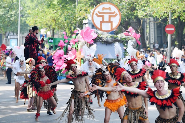 Ha Noi Carnival 2019 at Hoan Kiem Lake, Old Quarter