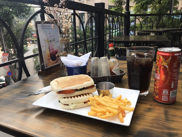 Savoor House of Panini Hanoi western food restaurant