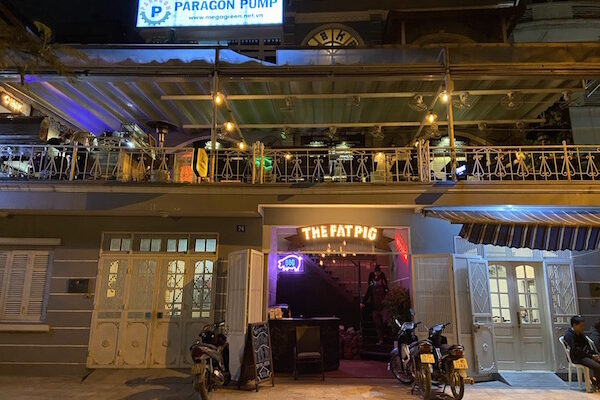 Chilled Dinner and Night Out at The Fat Pig at Hanoi West Lake